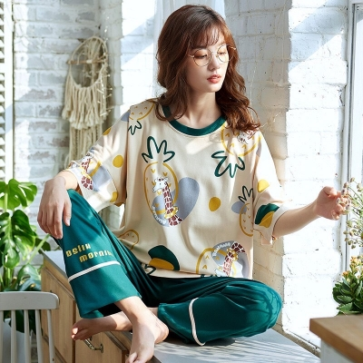 ชุดนอน เสื้อ+กางเกงขายาวสัปปะรดสีเขียว    มี 2 size