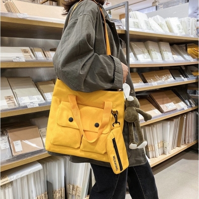 กระเป๋าสะพายผ้า แถมฟรี กระเป๋าสตางค์ มี 3 สี