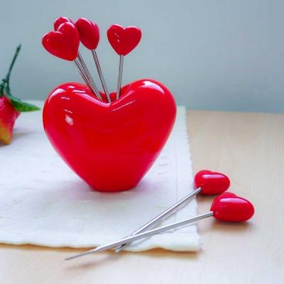 ชุดไม้จิ้มผลไม้ รูปหัวใจ 7 ชิ้น /ชุด สีแดง