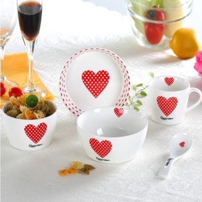 กิ๊ฟเช็ทถ้วยจานพร้อมแก้วลายหัวใจ 5ชิ้น/ชุด สีขาว-แดง