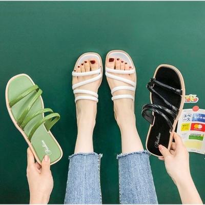 รองเท้าแตะแบบสวมใส่ หัวเหลี่ยม มีสายคาด มี 5 size 3 สี